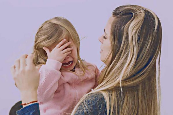 Membantu Anak Mengatasi Rasa Takut Berlebihan