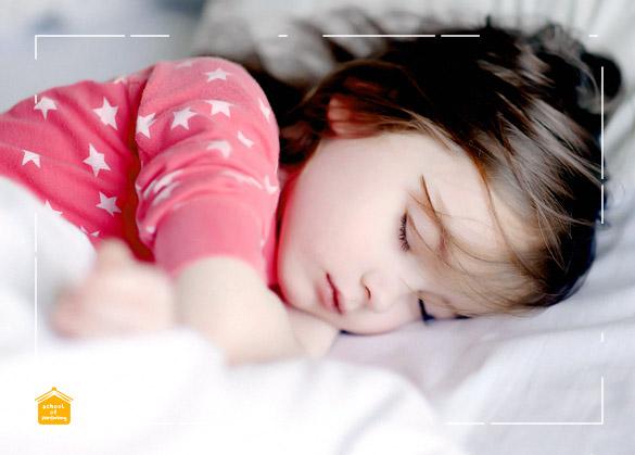 Manfaat Tidur Siang bagi Balita