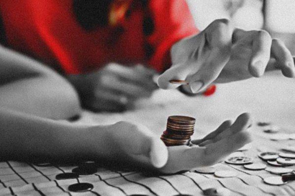 kesalahan dalam mengajarkan uang pada anak
