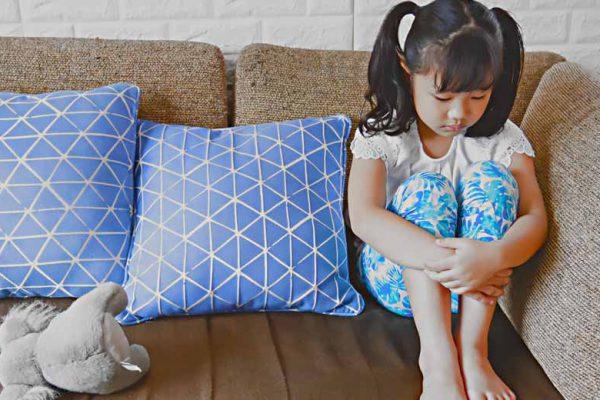 Tips keamanan anak di rumah sendiri