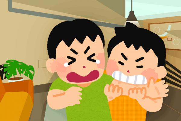 mengatasi perilaku anak menggigit dan memukul teman